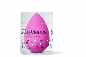 Beautyblender_Original_Catalog_Packshot_5301_3000px_new.jpg